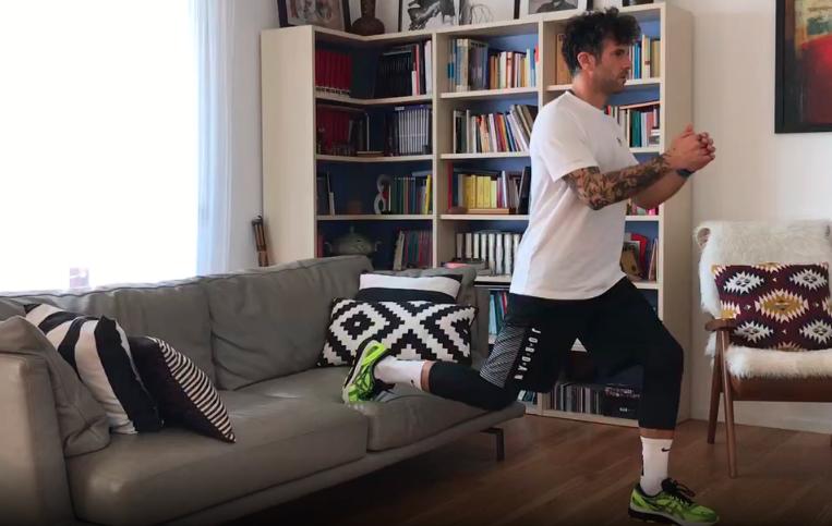 Usiamo il divano in maniera differente Workout #1